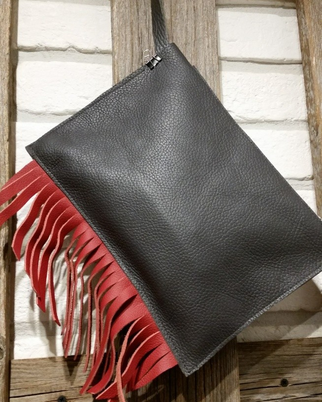 Tasha handmade purse clutch red steel leather vintage kopertówka frędzle fanpage