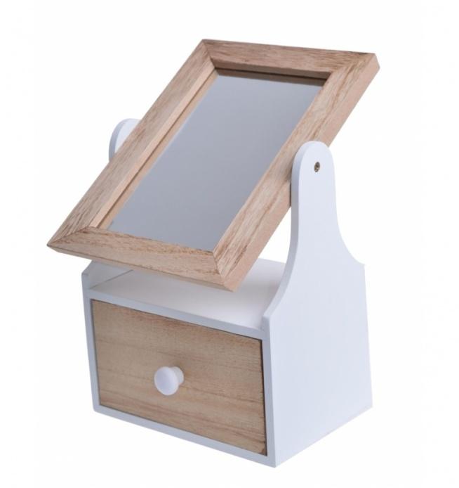 Drewniana toaletka z szufladką i uchylnym lusterkiem. Piękny bibelot i dekoracja do sypialni lub do pokoju dziecięcego. Szufladka posłuży na podręczne akcesoria - gumki, frotki, spinki lub drobną biżuterię. Całość w kolorystyce naturalnego drewna i białego.
