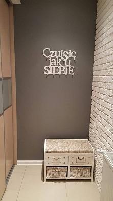 Czuj się jak u siebie - wieszak na ubrania art-steel.pl