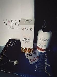 Dziękuję Zszywka ♡ Kosmetyki rewelacja niespotykany zapach ale jaki piękny :)