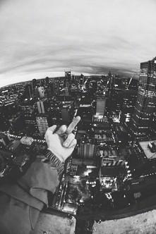 #hand #fuck #city #black #and #white #foto