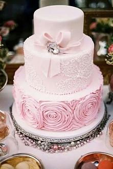 Różowy tort :)
