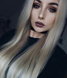 ideał- włosy i makijaż