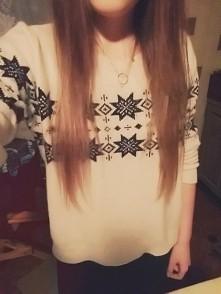 Uwielbiam ten sweterek :) W...