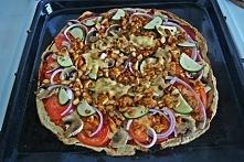 Mega zdrowa i dobra pizza ;) Smak pizzy jak z dobrej włoskiej restauracji :) I to full w konwencji fit :)  ► 1 mały kalafior ► 2 jajka ► 50g płatków owsianych błyskawicznych i 5...