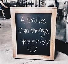 Dokładnie tak!;) Więc życzymy Wam dużo usmiechu:), zwłaszcza, że podobno dzis...
