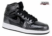 AIR JORDAN 1 RETRO HIGH 705300-017 - Reedycja ikony sneakers'ów