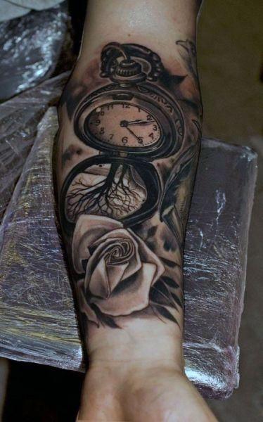 Tatuaże 3d Róża I Zegar Na Tatuaże Zszywkapl