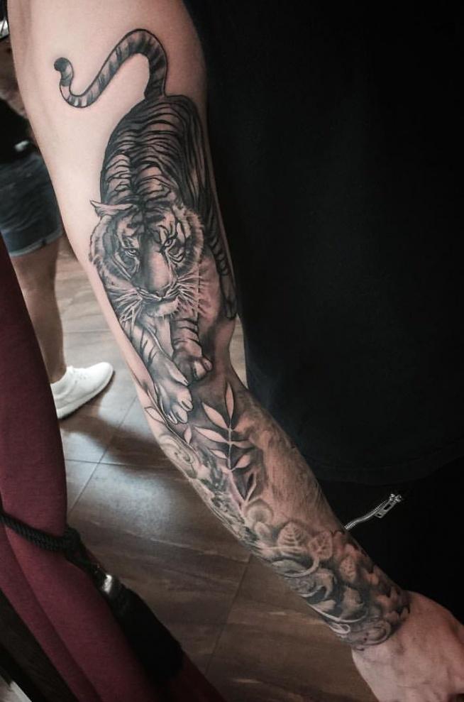 Tygrys Tatuaż Na Ręce Dla Mężczyzny Na Ciekawe Tatuaże Zszywkapl