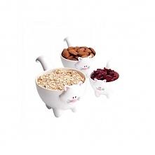 Słodkie miseczki kotki. Ide...