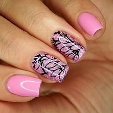 Różowe holo + stemplowy wzór