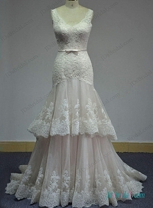 koronkowa suknia ślubna syrena