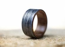 Obrączka z drewna w całości wykonana ręcznie.  dwa-tak.pl