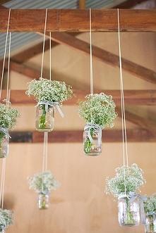 Gipsówka w dekoracji weselnej