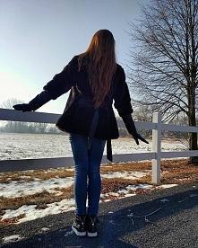 Kurtka Damska Futerko + Skóra z Dużym Kołnierzem wiązana Paskiem Hit Najnowszy Model na Zimę 2017 model #115 w sklepie FashionAvenue.PL