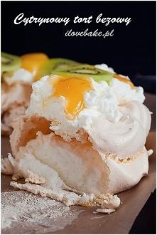 Cytrynowy tort bezowy (wieniec)