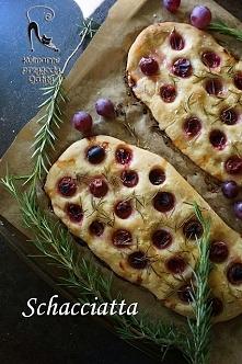 Schacciatta, czyli focaccia z winogronami
