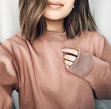 szminka, bluza, włosy *.*