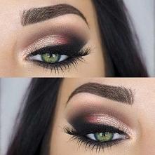 zielone oczy makijaż