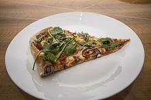 pizza z pełnoziarnistej mąki
