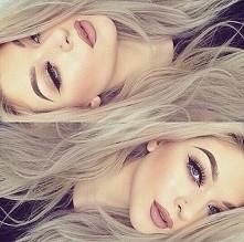 włosy i makijaż :D całość i...