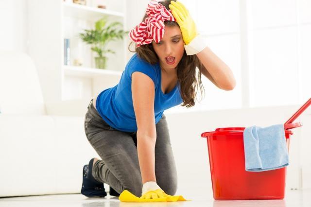Poradnik Pani domu: Podłoga idealnie czysta - tego się trzymaj!