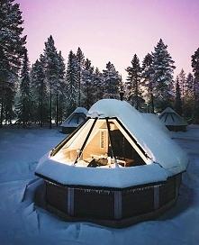 Domki przez które można podziwiać niebo.. ☺ Pyhätunturi, Finlandia.