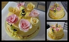Tort urodzinowy z ręcznie r...