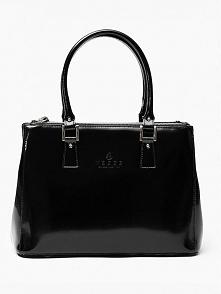 Czarna torebka damska z kolekcji Vezze