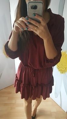 Sprzedam. Nowe sukienki rozm uniwersalny. Kolor bordowy. Cena 80 zl