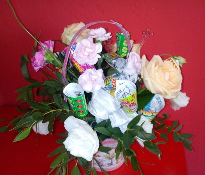 Cudowna Propozycja bukietu dla państwa młodych. Bukiet kwiatów ze zdrap NO07