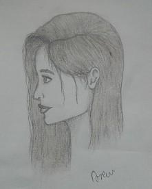 Dziewczyna narysowana z głowy