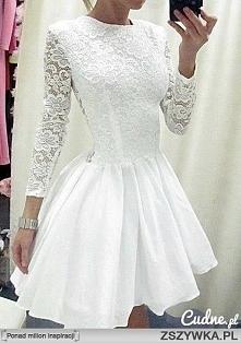 śliczna biała sukienka z koronką