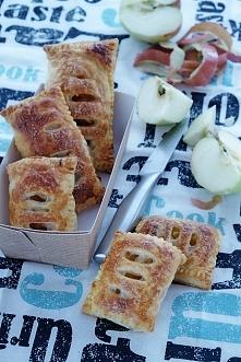 Ekspresowe ciastka francuskie z jabłkami  Przepis po kliknięciu w zdjęcie!