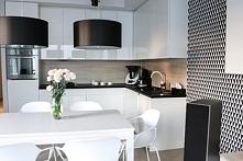 Biało czarna kuchnia :)