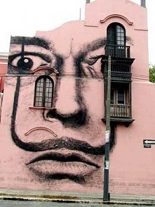 """""""Dali"""" in Lima, Peru"""