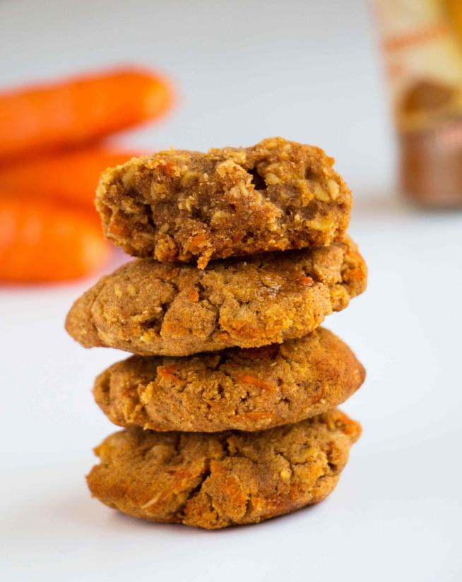 Marchewkowe ciastka z cynamonem (Healthy Cinnamon Carrot Cookies)