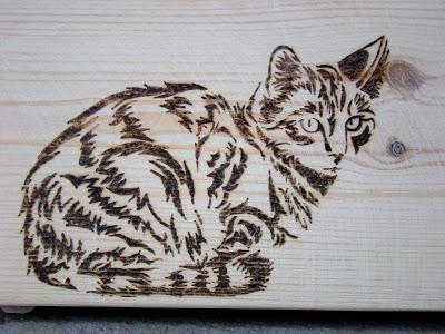 Personalizowana skrzynka z kotem. Skrzynka dla kociarza.
