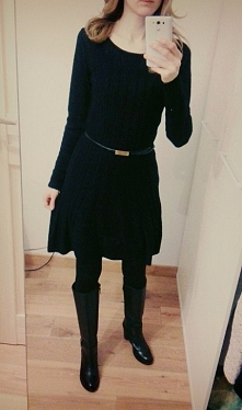 Sprzedam sukienkę czarną Szczegóły po kliknięciu w zdjęcie