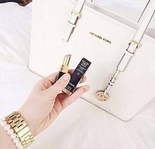 Biała torebka MK - Kliknij w zdjęcie aby zobaczyć więcej