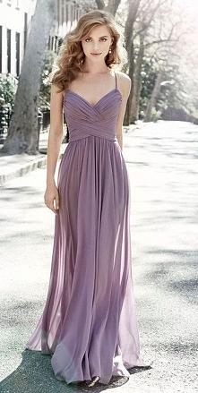 Liliowa suknia dla druhny