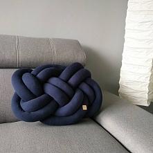 Granatowe poduszki - salon, sypialnia, pokój dziecięcy - zapraszamy na naszeg...