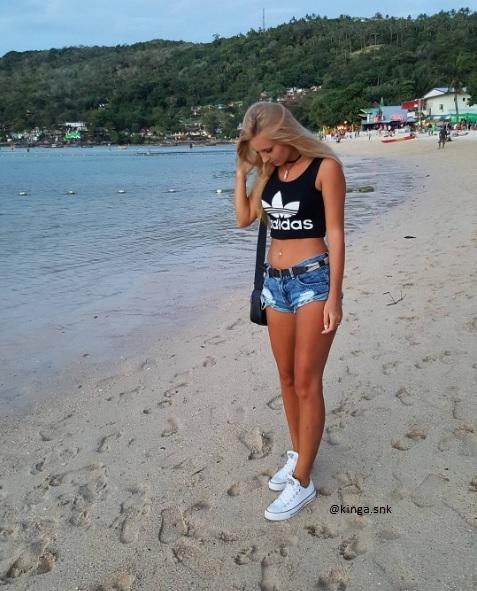 sprzedam spodenki jak na zdjęciu. Ja mam na zdjeciu s a sprzedam xs (nowe nigdy nie noszone, z metką) 50 zl  pytania kinga.snk@interia.pl
