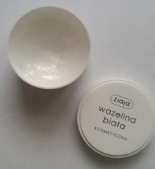 Wazelina kosmetyczna, korzyści płynące z jej użytkowania i kilka zastosowań.....