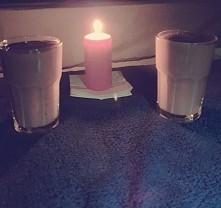 Zdrowy wieczór we dwoje. Koktajl bananowo-truskawkowy :)