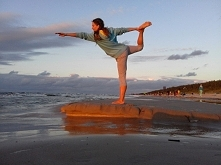 joga - dla kogo? jak ćwiczy...