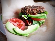 Składniki (porcja dla 2 osób):  chude mięso mielone drobiowe 400 g 1 cukinia ...