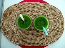 Zielony koktajl ze szpinaki...
