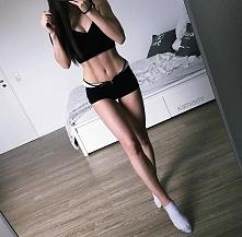 jakie polecacie dobre i dające efekty cwiczenia na pupę, nogi i brzuch??