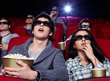 Uwielbiam w wolnej chwili pójść do kina z przyjaciółkami lub chłopakiem